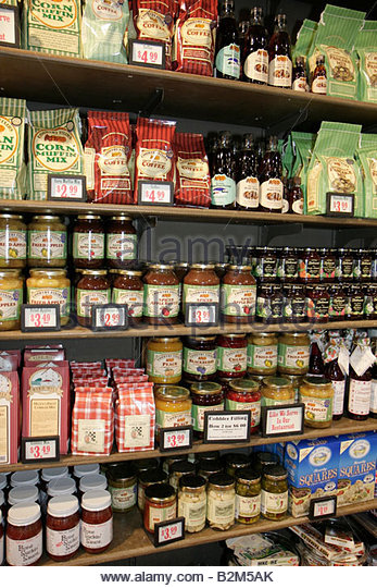 Michigan Stevensville Cracker Barrel Restaurant home style cooking country store national chain business theme Americana - Stock Image