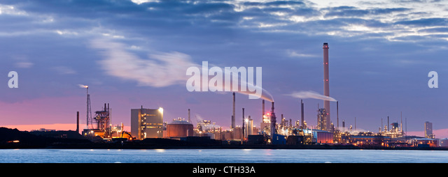 The Netherlands, Rotterdam, Petro chemical industry. - Stock Image