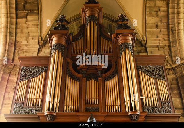 Organ pipes at St. Mary's Church, Warwick, Warwickshire, UK - Stock Image
