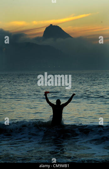 29/06/2012 Rio de Janeiro, Brazil - Early morning in Copacabana Beach, one of the most famous beach in the world. - Stock Image