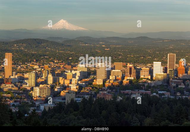 City skyline view of Portland, Oregon, USA - Stock-Bilder