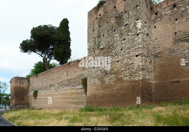 Aurelian walls italy stock photos aurelian walls italy - Via di porta ardeatina ...