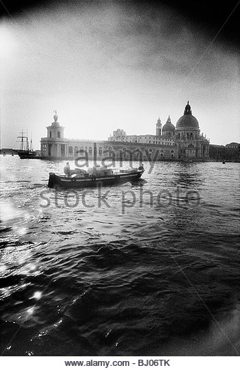 Entrance to the Grand Canal, close to the Basilica of Santa Maria della Salute, Venice, Italy - Stock-Bilder