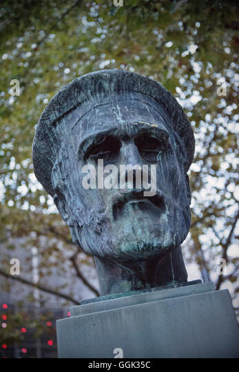 Sculpture of Johannes Gutenberg, the inventor of book printing, Mainz, capital of Rhineland-Palatinate, Germany - Stock Image