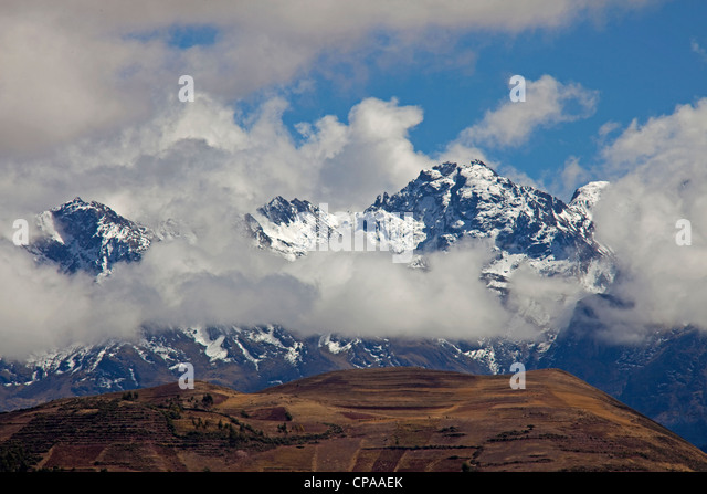 Peru with Andes Mountains landscape in the Sacred Valley between Cuzco and Pisac - Stock Image