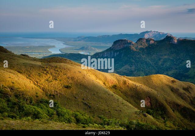 Last light on the hills in Altos de Campana national park, Republic of Panama. - Stock-Bilder