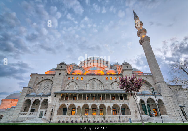 Exterior low angle shot of Suleymaniye Mosque before dusk. An Ottoman imperial mosque located on the Third Hill - Stock Image