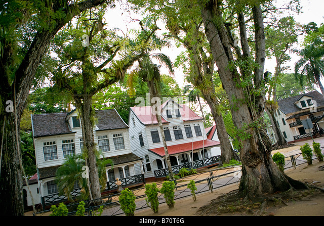 Suriname, Paramaribo, Historic houses near old fort called Zeelandia. - Stock-Bilder