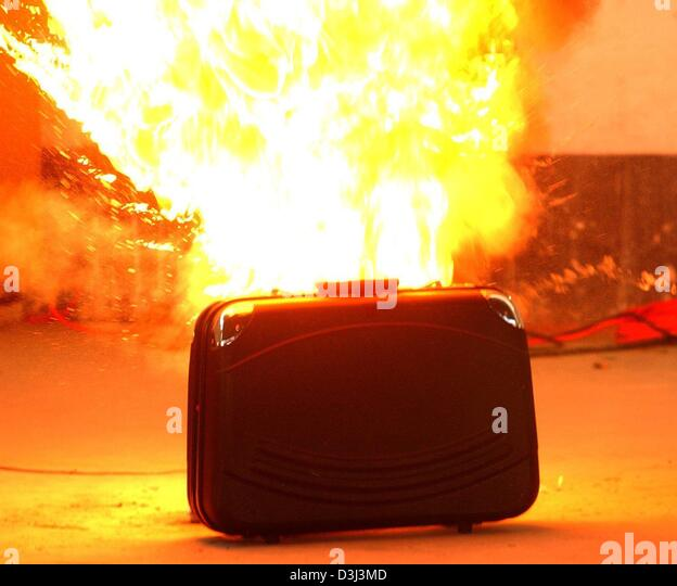 (dpa) - A suitcase explodes during an exercise of the technical special squad (TSG) of the Bavarian state police - Stock Image