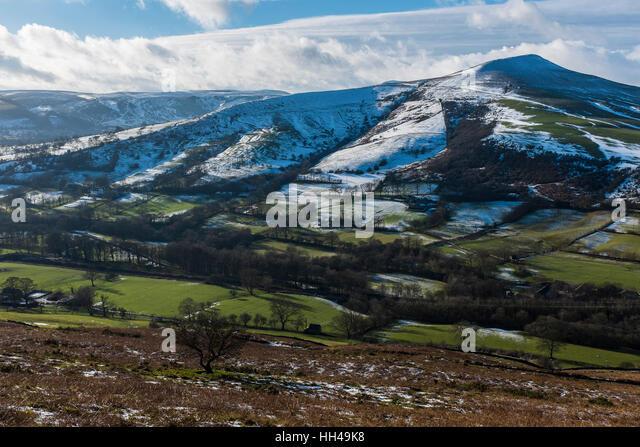 Lose Hill and the Vale of Edale from the slopes of Win Hill, Derbyshire - Stock Image