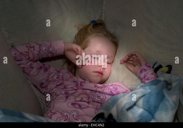 Sick little 4-5-year years  old girl sleeping MR  © Myrleen Pearson - Stock-Bilder