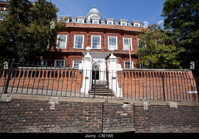 Cromwell House, Ghana High Commission, The Bank, Highgate Hill, N6, London, England, UK - Stock Image
