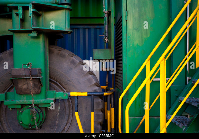 Machinery at a shipping port - Stock Image