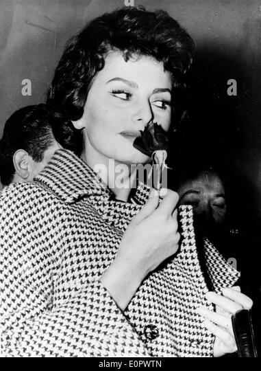 Actress Sophia Loren on set of 'The Legend of the Lost' - Stock Image