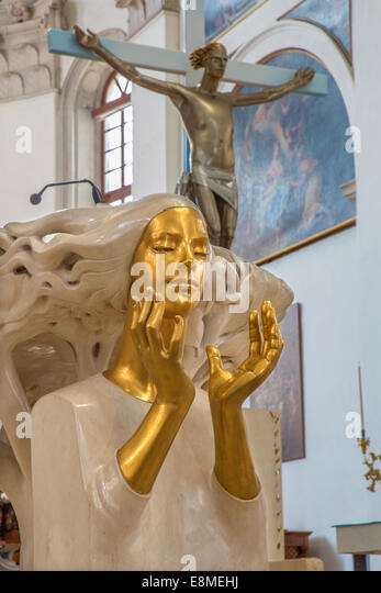 victorian home interior pictures statue jesus in duomo stock photos amp statue jesus 22549