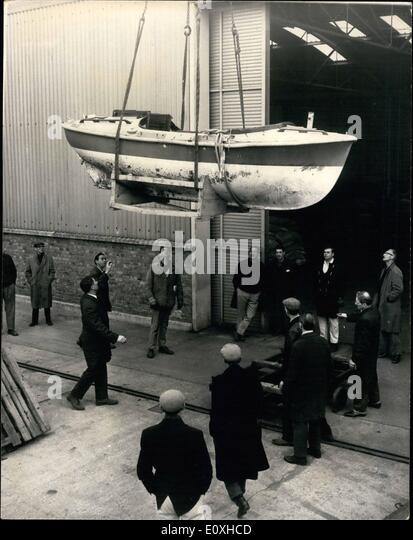 Oct. 10, 1966 - The Puffin is unloaded; Thee ill-fated rowing boat Puffin, which was found capsized in the Atlantic, - Stock Image