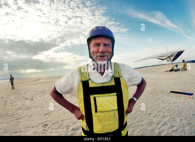 Bengt Skold 65 hangglider at the sand dunes at the Outer Banks North Carolina - Stock Image