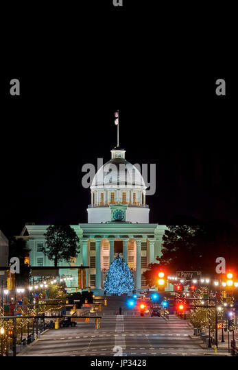 Alabama State Capital building at the end of Dexter Ave, Montgomery, Alabama, decorated for the Christmas holiday - Stock Image