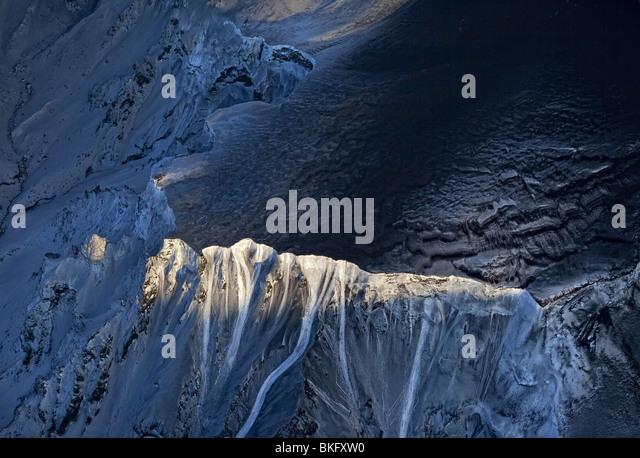 Aerial ridge-Eyjafjallajokull Volcano Eruption, Iceland. - Stock Image