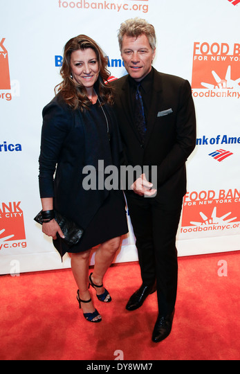 Dorothea Hurley and recording artist Jon Bon Jovi attend the Food Bank for New York City's Can Do Awards Dinner - Stock Image