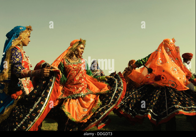 art traditions of eastern rajasthan a Culture is the art of living the people of rajasthan are known for their culture which is nearly 5000 years old and which is a blend of tradition and history.