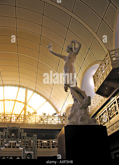 Art deco lille stock photos art deco lille stock images for Art deco piscine