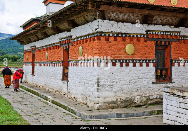 confluence buddhist singles Immerse yourself in welcoming bhutan, known for its friendly people, stunning scenery and fascinating culture on this independent journey, see breathtaking dzongs and monasteries, attend a.