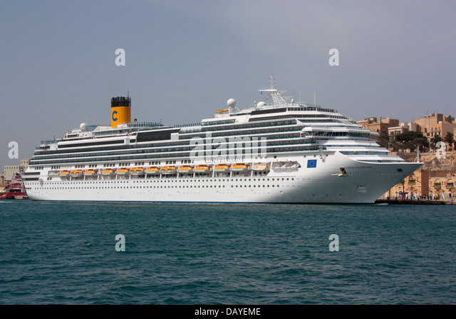 The cruise liner Costa Favolosa in Malta - Stock Image