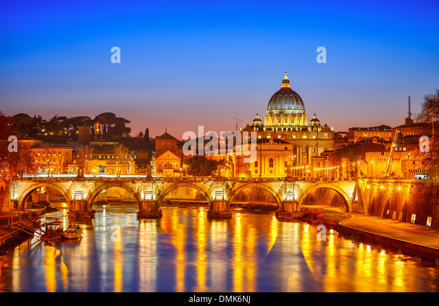 St. Peter's cathedral at night, Rome - Stock Image