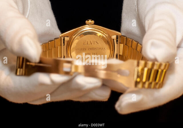 Auction at Christie's.  23/11/2012 , London, United Kingdom - Elvis Presley's  fine and rare 18ct. gold - Stock Image