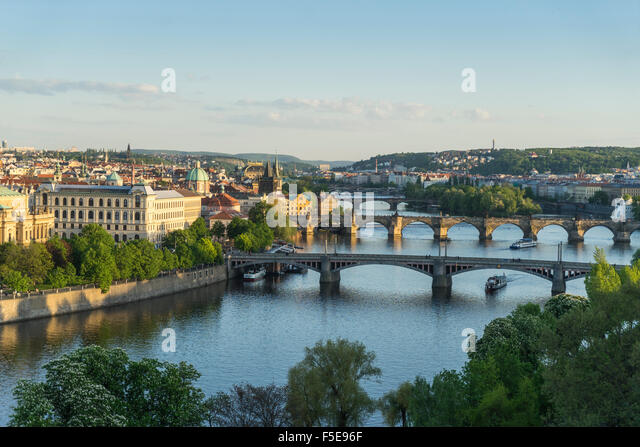 Cityscape Vltava River at the bridges connecting the Old Town to Mala Strana, Prague Castle and Hradcany, Prague, - Stock-Bilder