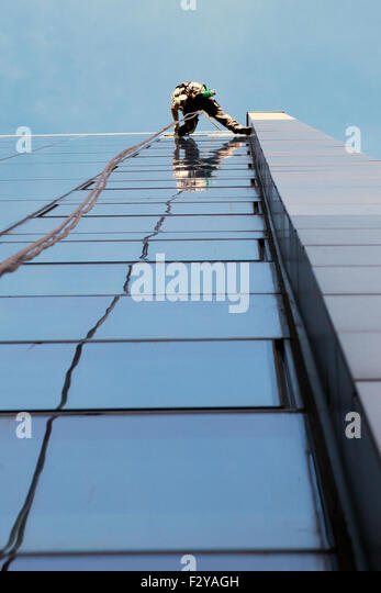 how to clean windows at height