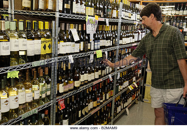 Wisconsin Kenosha Tenuta's Delicatessen Liquors and Wines Italian market bottles white alcoholic beverage domestic - Stock Image