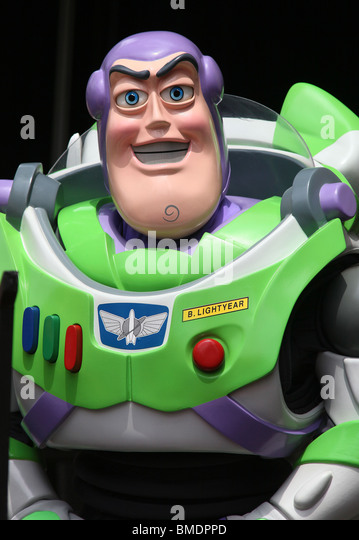 BUZZ LIGHTYEAR RANDY NEWMAN HONORED WITH A STAR ON THE HOLLYWOOD WALK OF FAME HOLLYWOOD LOS ANGELES CA 02 June 2010 - Stock Image