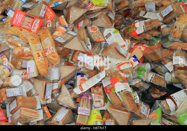 Food waste. Recycling of expired sandwiches from a large shop. Veolia plant. Grange (71), France - Stock Image