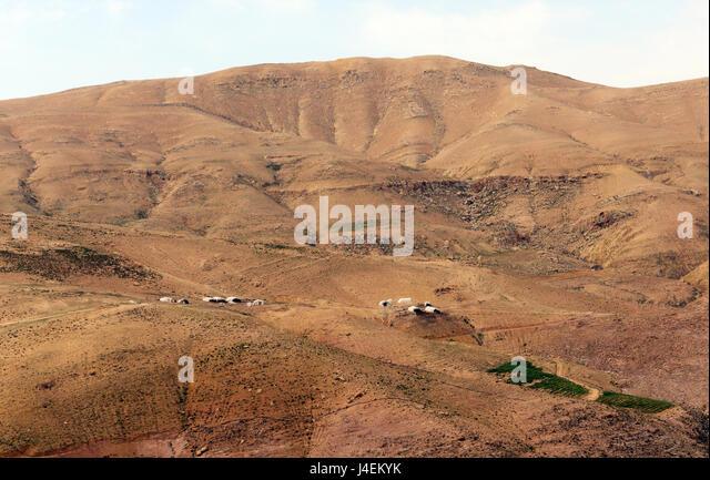Bedouin tented villages in the Jordanian desert. - Stock Image