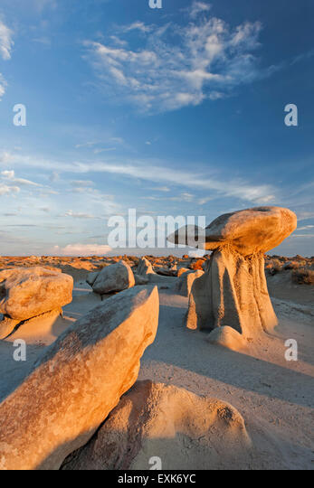 'Mushroom' rock and boulders, Bisti Wilderness Area, New Mexico USA - Stock Image