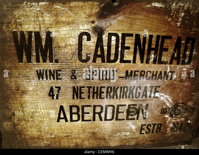 WM Cadenhead, Scots Scottish Whisky Spirit wooden case Aberdeen Wine & Spirit Merchant 47 Netherkirkgate Aberdeen - Stock Image