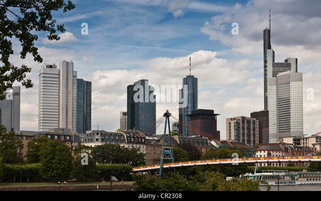 Skyscrapers in urban skyline - Stock Image