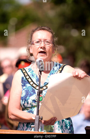 Mayor of Whitehill & Bordon, Sally Pond, speaking at the ceremony for Farewell to the Garrison, Bordon, Hampshire, - Stock Image