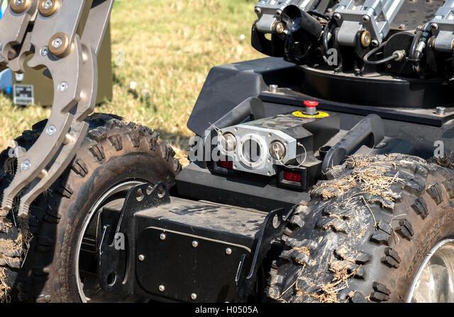 closeup camera bomb disposal robot unit defuse bomb - Stock Image