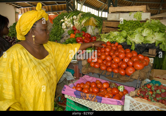 Vegetable vendor in Central Market Date 20 02 2008 Ref ZB583 110492 0034 COMPULSORY CREDIT World Pictures Photoshot - Stock Image