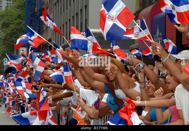 Thousands of Dominican Americans and supporters celebrate at the annual Dominican Independence Day Parade in NYC - Stock-Bilder