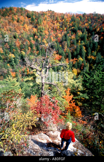 Fall Colors autumn woman linville falls nc - Stock Image