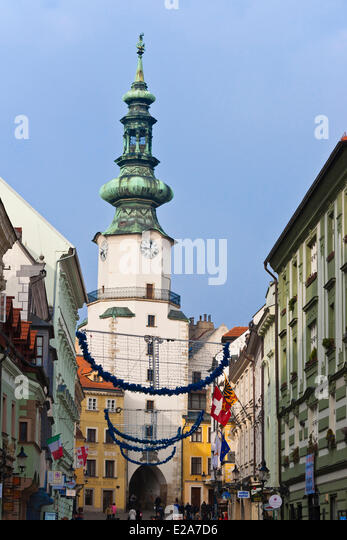 dating bratislava slovakia Bratislava, slovakia (ap) — slovakia's prime minister has denied being asked by the head of reporters without borders to apologize for his insults of journalists.