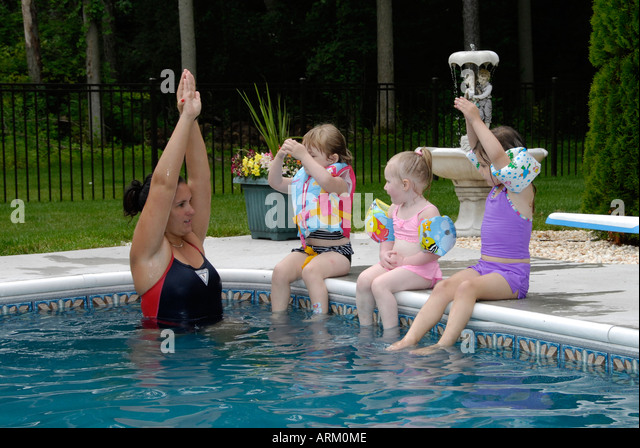how to teach a 5 year old to swim