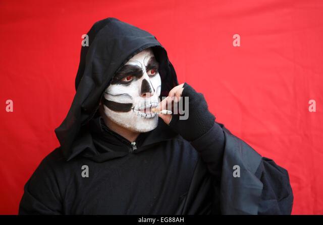 GER, 20150210, masked man - Stock-Bilder