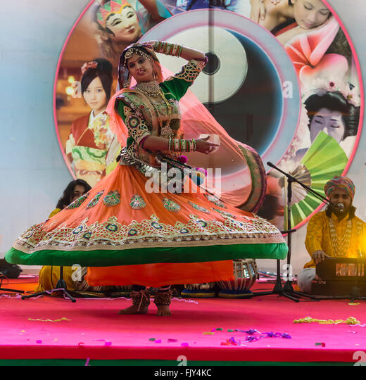 Indian folk dance,gypsies from Rajasthan at Oriental festival in Turin - Stock Image