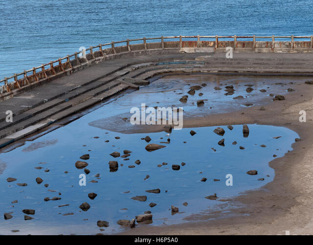 Disused Swimming Pool Stock Photos Disused Swimming Pool Stock Images Alamy