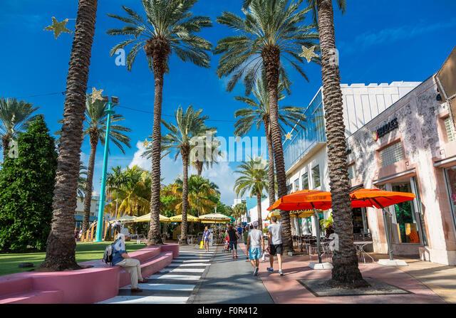 Lincoln Road Mall Miami Beach Address